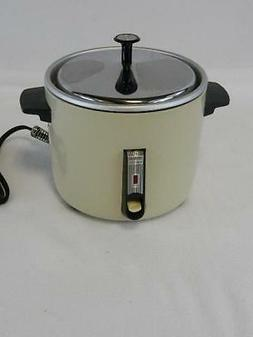 Sanyo EC06H  3-Cup  Rice Cooker and Vegetable Steamer In Cre